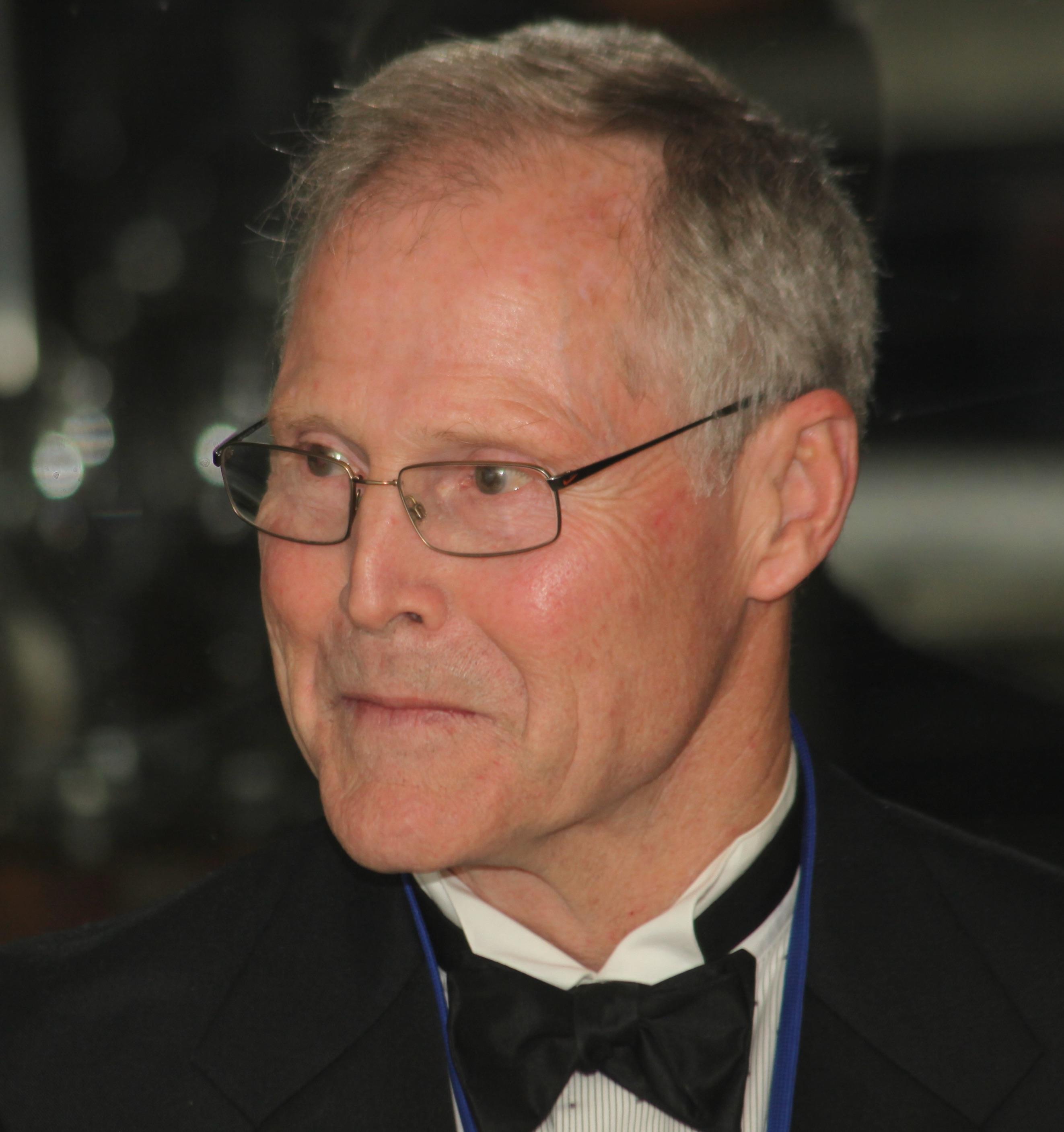 Dr. Frank Wagner, MCEC
